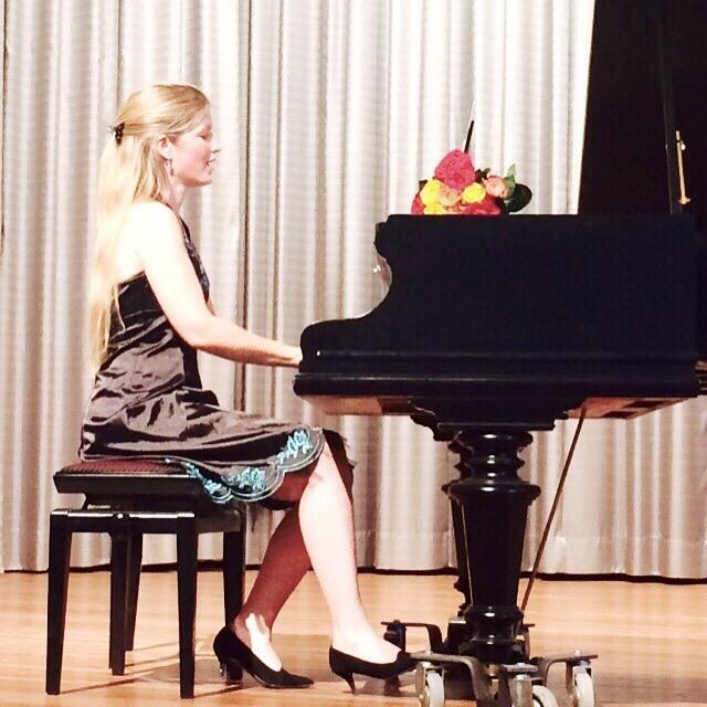 Sieglinde_Zehetbauer_klavier